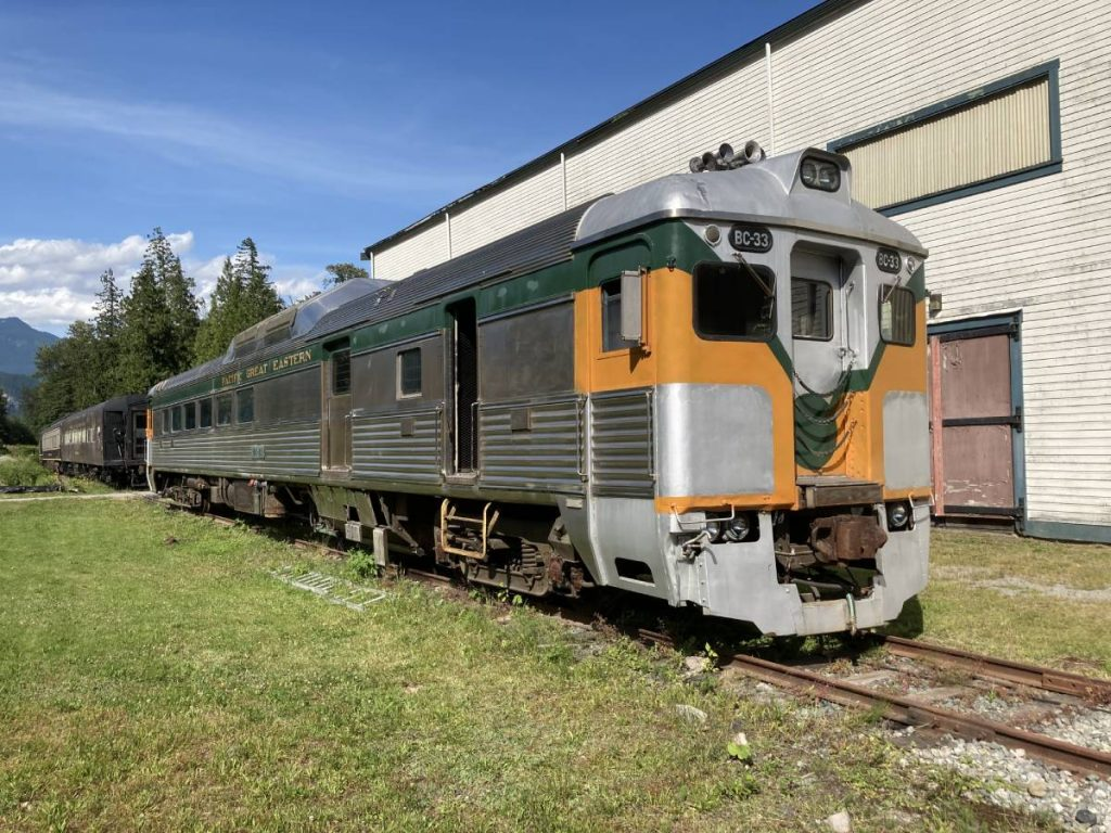 BC Rail Budd Diesel Rail Car BC-33
